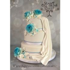 Drape 3 tier with complimentary flowers